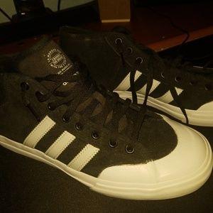 Adidas Matchcourt Adv Black White Casual Skate Sne